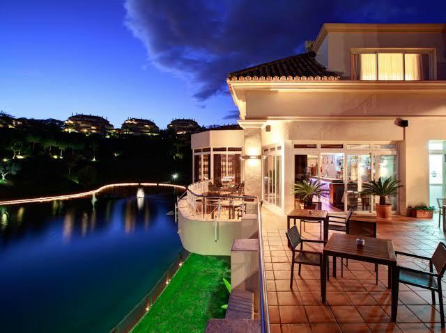 el-lago-cena